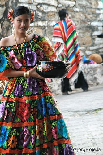 Parachicos, traditional dancers from Chiapa de Corzo, Chiapas, Mexico, who dance on the streets of the town during the annual Great Feast festivity (January 4-22) | Jorge Ojeda Badenes, via Flickr