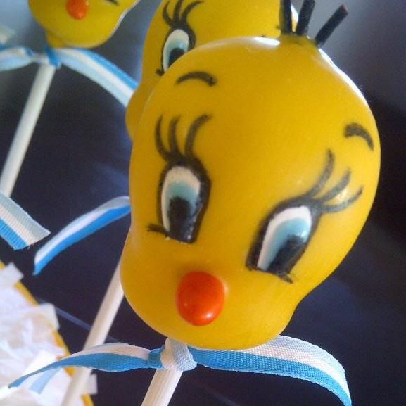 Tweety Bird Cake Pops
