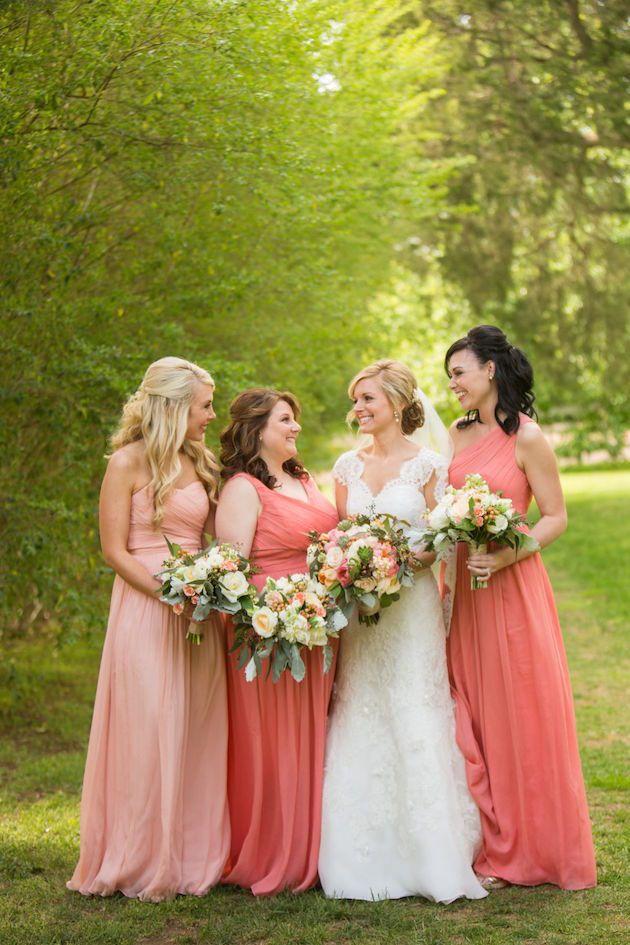 Coral and Blush Bridesmaids | Amanda Suanne Photography | Bridal Musings Wedding Blog