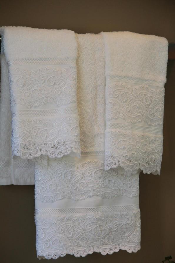 Lace Towels