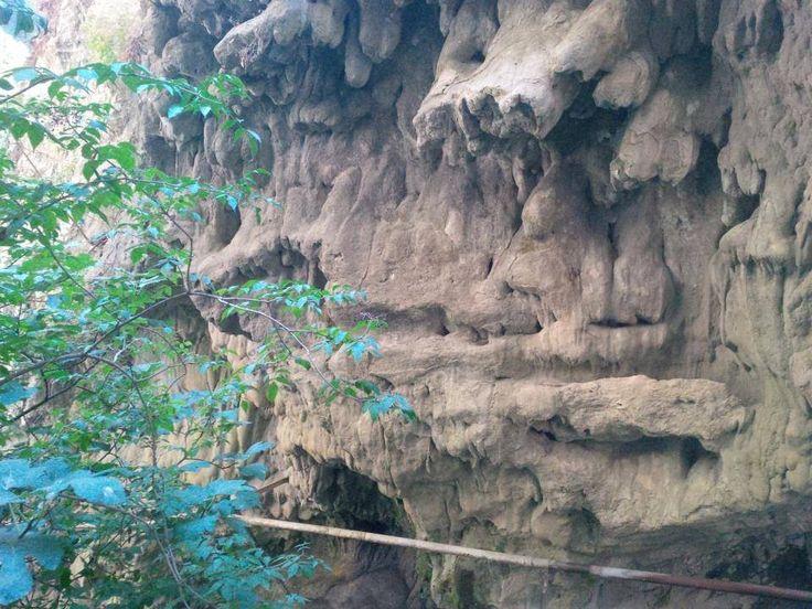 dripping walls, nydri waterfalls