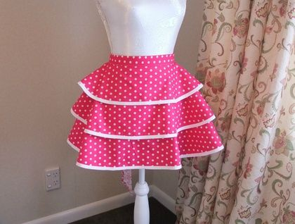 'Lippy Dot' - Retro Half Apron