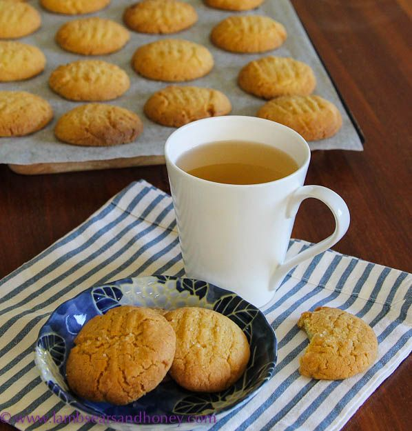 Lemon Myrtle, Macadamia & Semolina Cookies. Whip up this delicious cookie #recipe using Australian native Lemon Myrtle.
