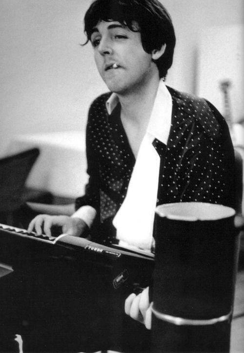 Paul McCartney ** The Father of Dotillism. The PopDot Artist Alabama BYRD. (FaceBook) --> http://www.facebook.com/AlabamaBYRD  Chirp Chirp & Big BYRD Smiles & Hugz