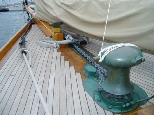 1916 Herreshoff 59 ft New York 40 Bermudan Cutter. Click pic to see story, or click www.rowdystory.com for the official Rowdy web site
