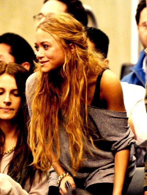: Olsen Twins, Fashion, Marykate, Long Hair, Ashley Olsen, Mary Kate Olsen, Hairstyle, Hair Style, Hair Color