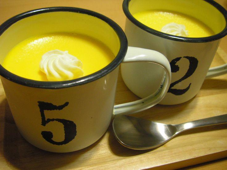 あまりにも美味しすぎると今うわさの「マグカッププリン」。しかもレンジでチンするだけだから、超簡単。突然のお客さんが来ても、もう恐くない!お子さまが友達を連れて来ても大丈夫!さっそく作ってみましょう♪