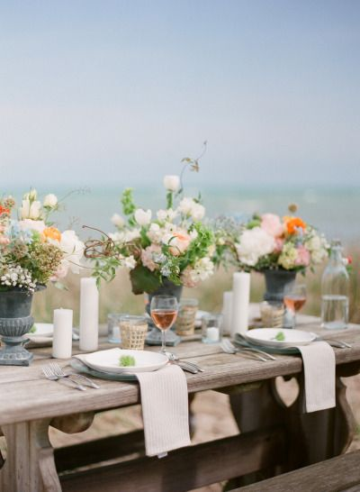 picnic inspired #tablescape | Photography by meetthemccartneys.com, Design and Styling by http://www.astyledevent.com, Florals by http://www.budsnbloom.com Read more - http://www.stylemepretty.com/2013/09/17/door-county-photo-shoot-from-the-mccartneys-photography/