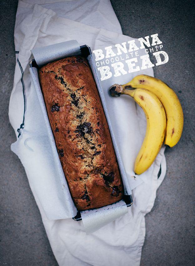 Banana chocolate chip bread Banankaka med choklad och jordnötssmör | Linda Lomelino | Amelia bloggar