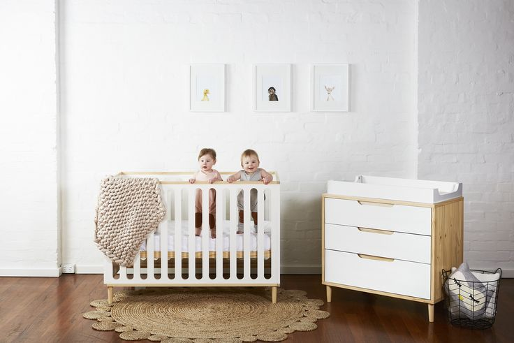 Paloma Cot + Dresser Package (SNOW)