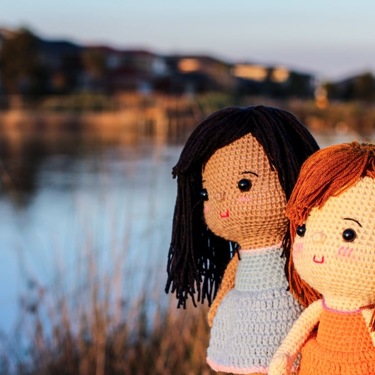 Nothing beats hanging out with your bestie! Beautiful dolls for everyone
