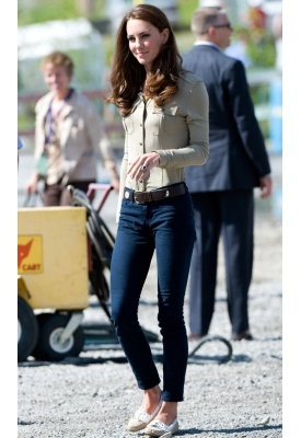 love kate middleton, and this outfit.  ..classy