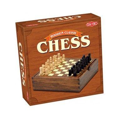 Schaken in houten box  Klassiek spel met hoogwaardige houten speelstukken. Steeds weer een uitdaging voor de hele familie.  EUR 9.99  Meer informatie