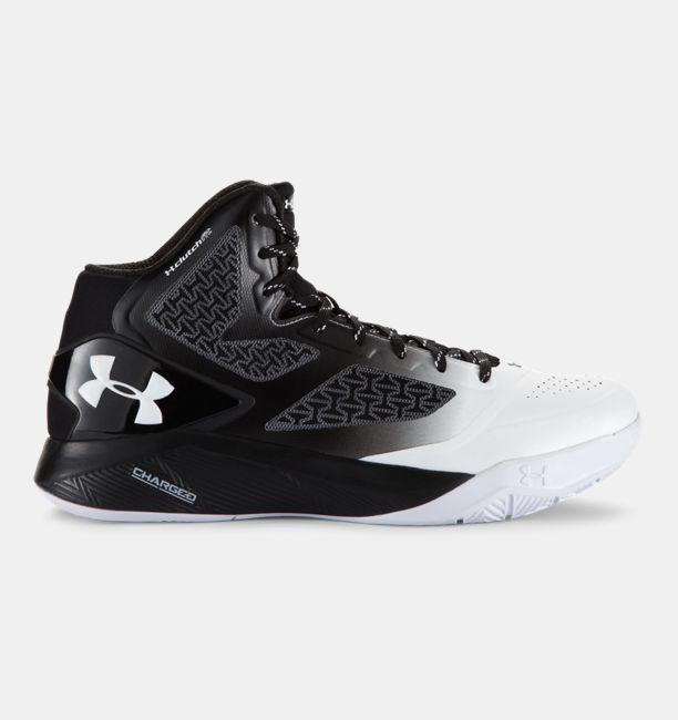 Under Armour de los hombres ClutchFit Drive II Basketball Shoes UK 9 (Euro 44) Black-006 0C3f4x