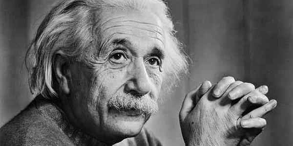 """Albert Einstein pubblica sulla rivista """"Annali della fisica"""" la prima esposizione sistematica di quella che è conosciuta come la 'Teoria generale della Relatività'. Gli effetti della ricerca di Einstein  ..."""