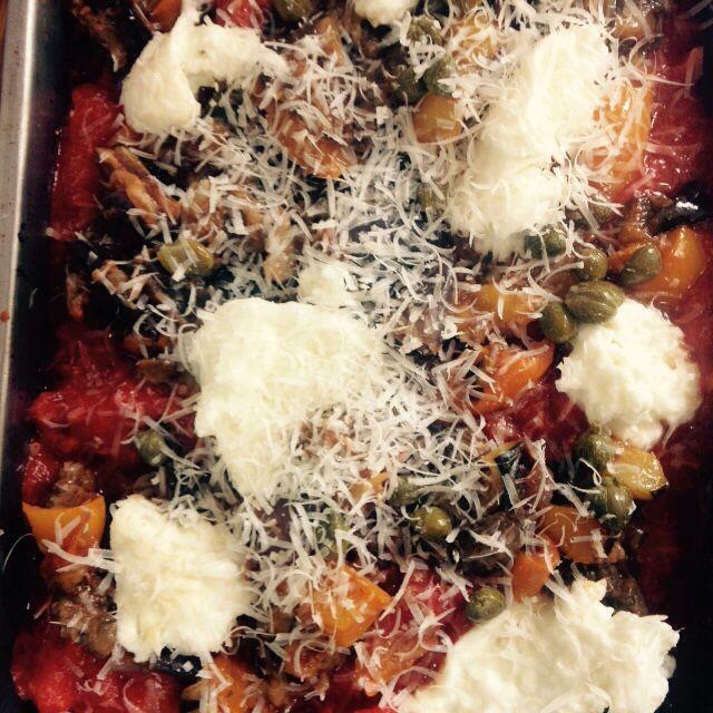 Slow roast veg inc aubergine, lasagne with capers, mozzarella and decadent béchamel sauce and a secret Italian tomato sauce.