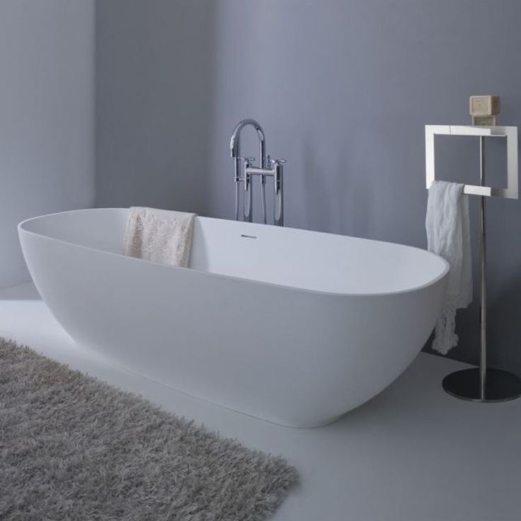 Oltre 1000 idee su vasca da bagno freestanding su - Materiale vasca da bagno ...
