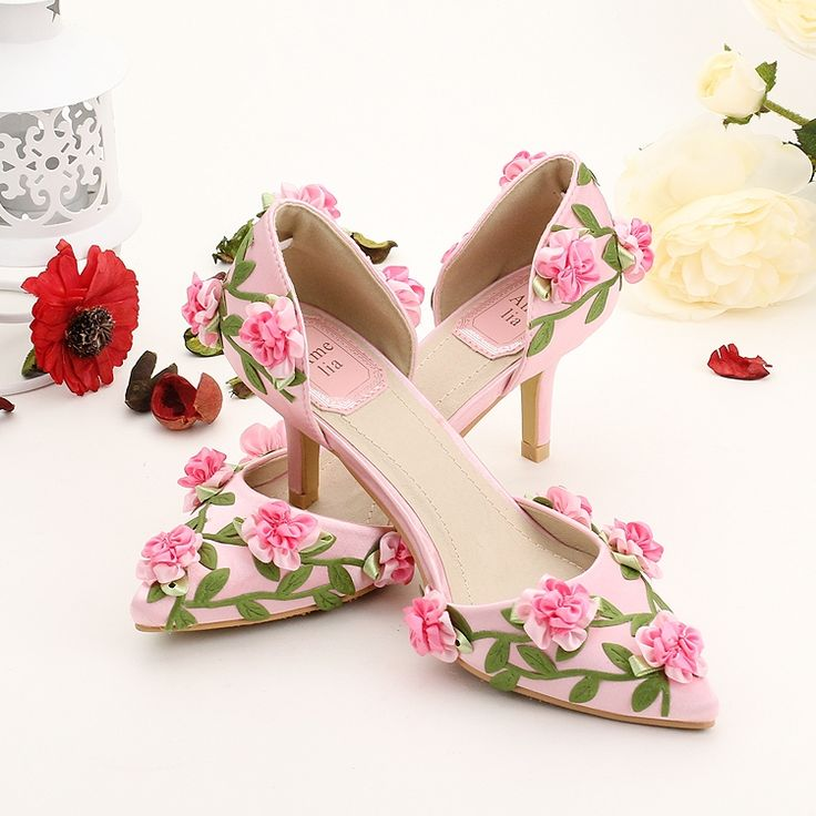 45.00$  Watch here - http://alimhr.worldwells.pw/go.php?t=32729829117 - Pink satin small flower party shoes pointed toe thin heel wedding shoe Summer sandals 7cm heel hot sale 45.00$