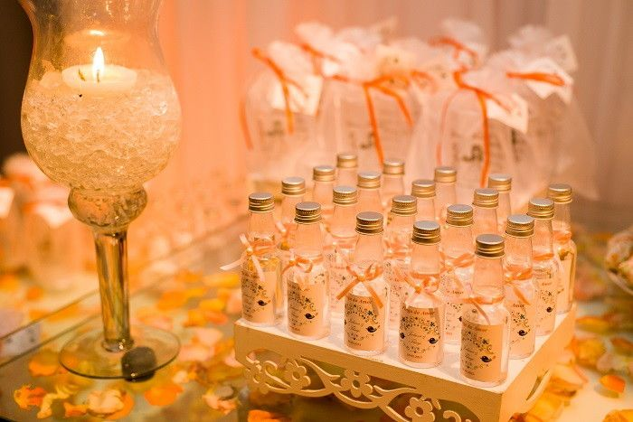 Garrafinhas decoradas para cachaça, água, vinho, licor etc.    Arte e cores feitas sob encomenda.    **Valor garrafinhas de plástico e vazias