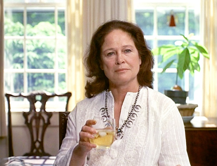 """Colleen Dewhurst as Diane Keaton's mother in """"Annie Hall"""" (1977)"""