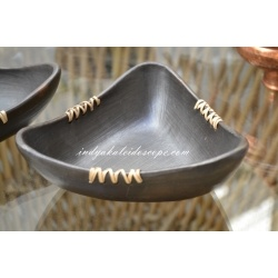 Black Stone Pottery - Triangular Nut Bowl