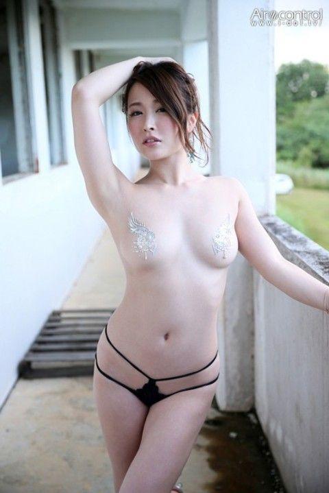 吉見衣世(よしみ いよ) sexyグラビア画像036