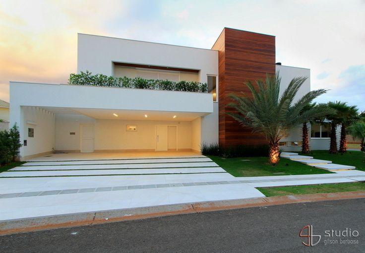 Residência J&F - projeto arquitetônico: Paulo Delmondes | fotos: Gilson Barbosa : Casas modernas por Studio Gilson Barbosa