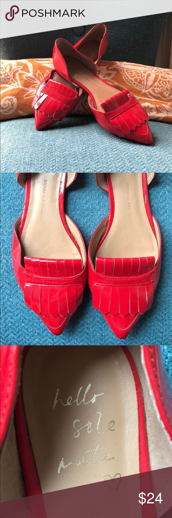 Hello sole mate, Banana Republic red flat so 7 1/2 Red upper patent leather shiny red shoe. Size 7 1/2- adorable with tassels. ♥️ Only worn once. Perfect with a red lip 💋 Banana Republic Shoes Flats & Loafers