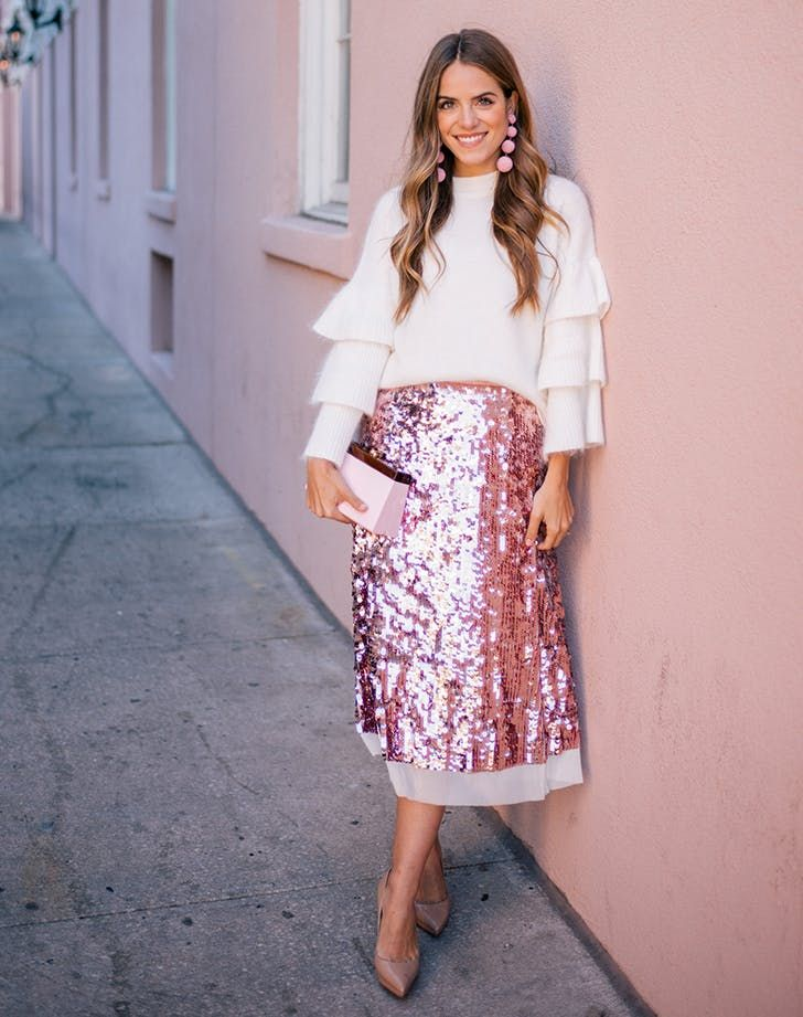 c8c21d403f3 Sequined skirt and Here are 31 gorgeous winter outfit ideas to wear every  day in December.  decemberoutfits  winteroutfits  winteroutfitideas   outfitideas ...