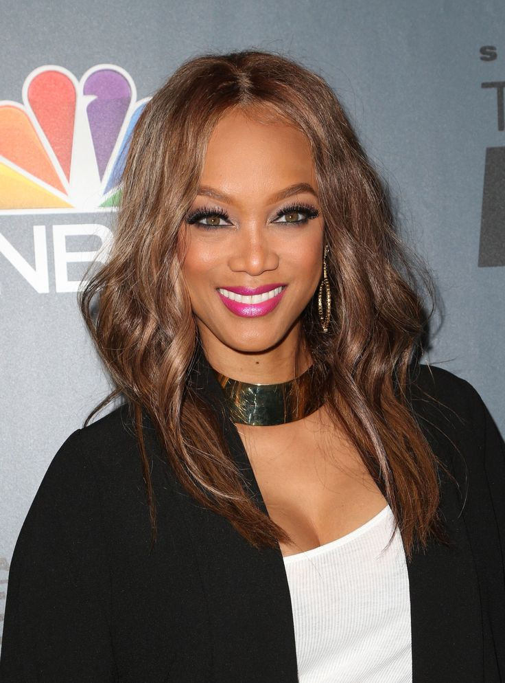 Tyra Banks Just Launched Emoji That Are Sure To Make You Smize+#refinery29