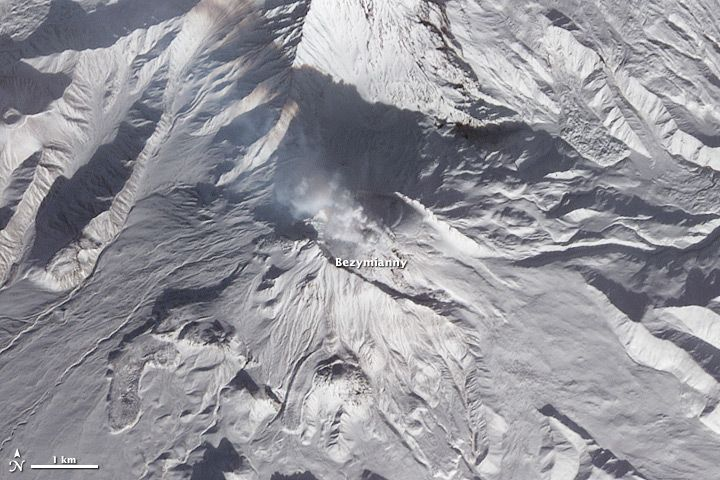 Bezymianny volcano, one of four volcanoes erupting on Jan. 11, 2013 on the Kamchakta peninsula.