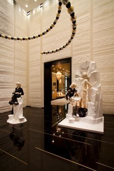 Peter Marino Chanel Store #architecture #interior #marino #peter Pinned by www.modlar.com