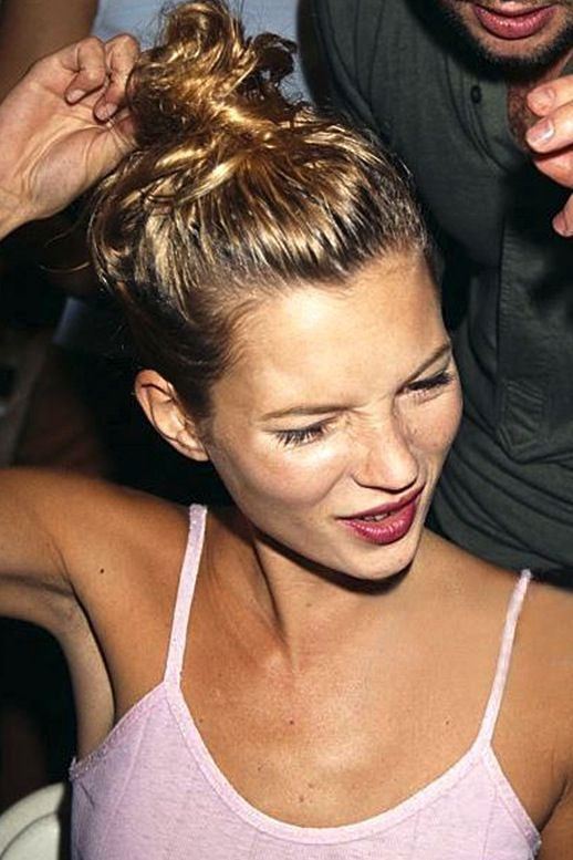 Hair Crush: Kate Moss' Messy Top Knot