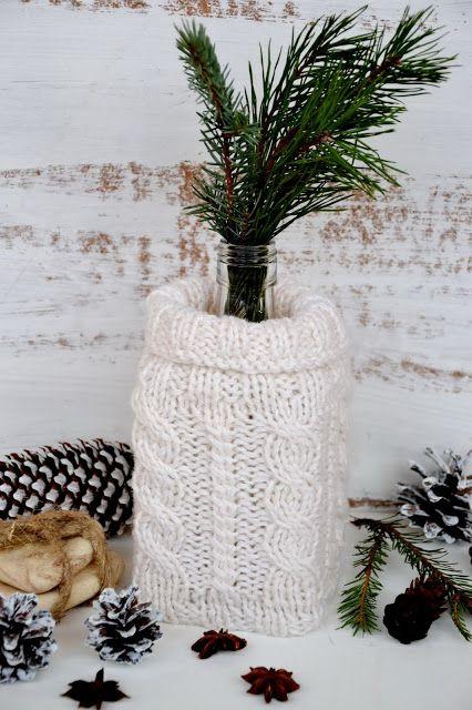 Зимняя ваза из бутылки)) #christmas #bottle #knitting #vase