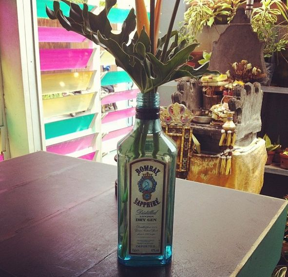 Look at this awesome home accessory made from an empty Bombay Sapphire bottle. | Ibiza Style, Ibiza Fashion.