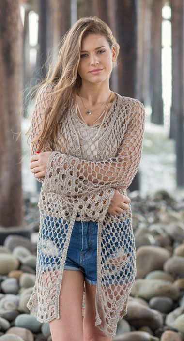 The Matsu Cardi is a long crochet cardigan makes a wonderful beach cover-up that will become your go-to summer staple. It is worked top down for easy length adjustments. Created with a fluid, yarn-efficient lace stitch, this is casual with jeans or elegant with long linen pants. | ☂ᙓᖇᗴᔕᗩ ᖇᙓᔕ☂ᙓᘐᘎᓮ http://www.pinterest.com/teretegui