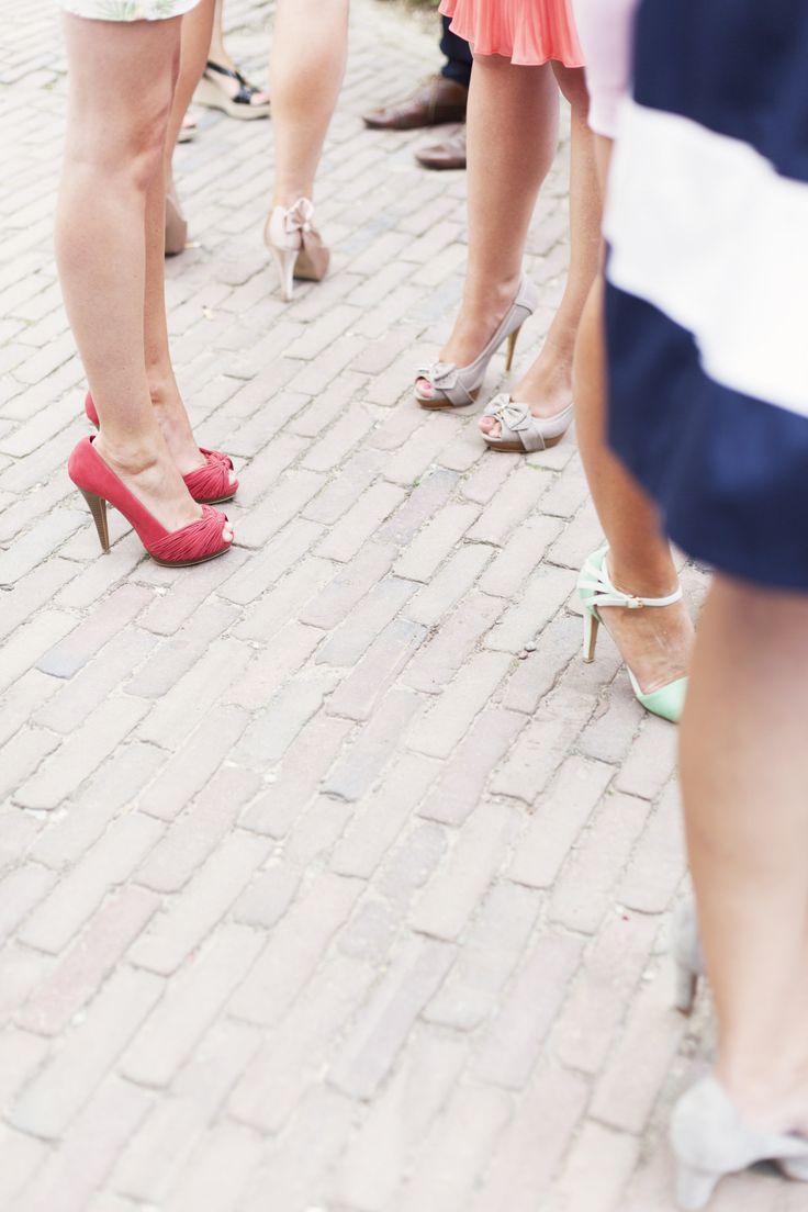 Een zomerse dag vraagt om mooie open schoen en blote benen