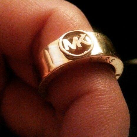 Michael chors gold ringk18