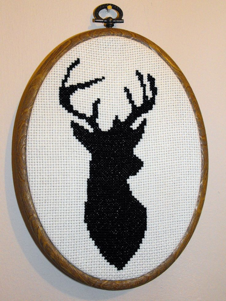 Duck Down Designs: Free Deer head cross stitch pattern Austin saw this and wants it.