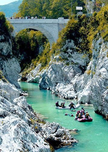 Verlies op een wandeling? Lees over het Curk waterval. #SloveenseVerhalen