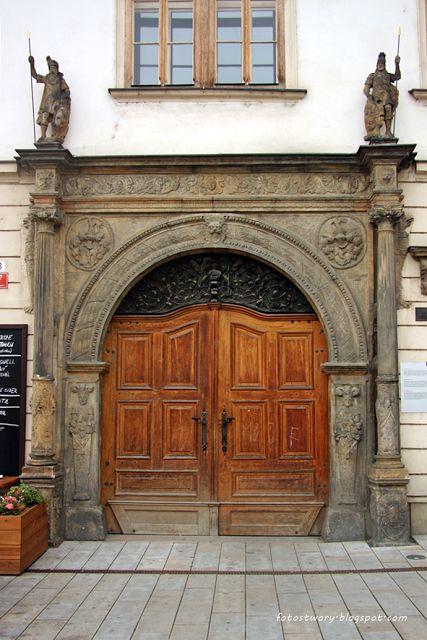 drzwi, door, Olomuniec, Czech Republic