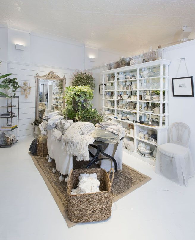 Swoon Worthy Christmas House Tour: 1000+ Images About Fantastic Creative Retail Window