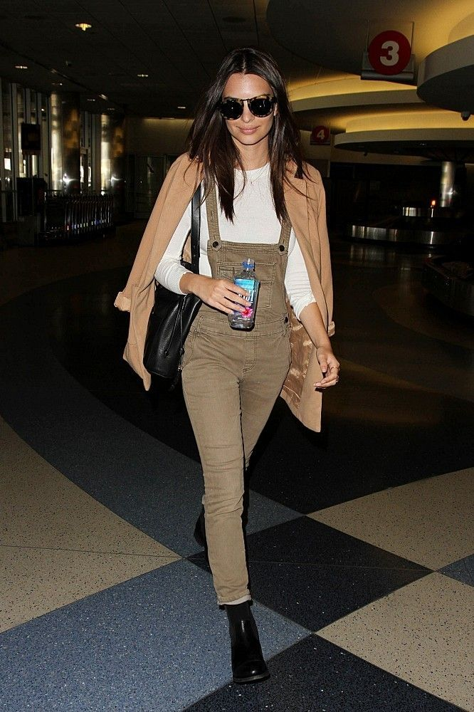Vote! Which Celebrity Had the Best Weekend Street Style? // Emily Ratajkowski