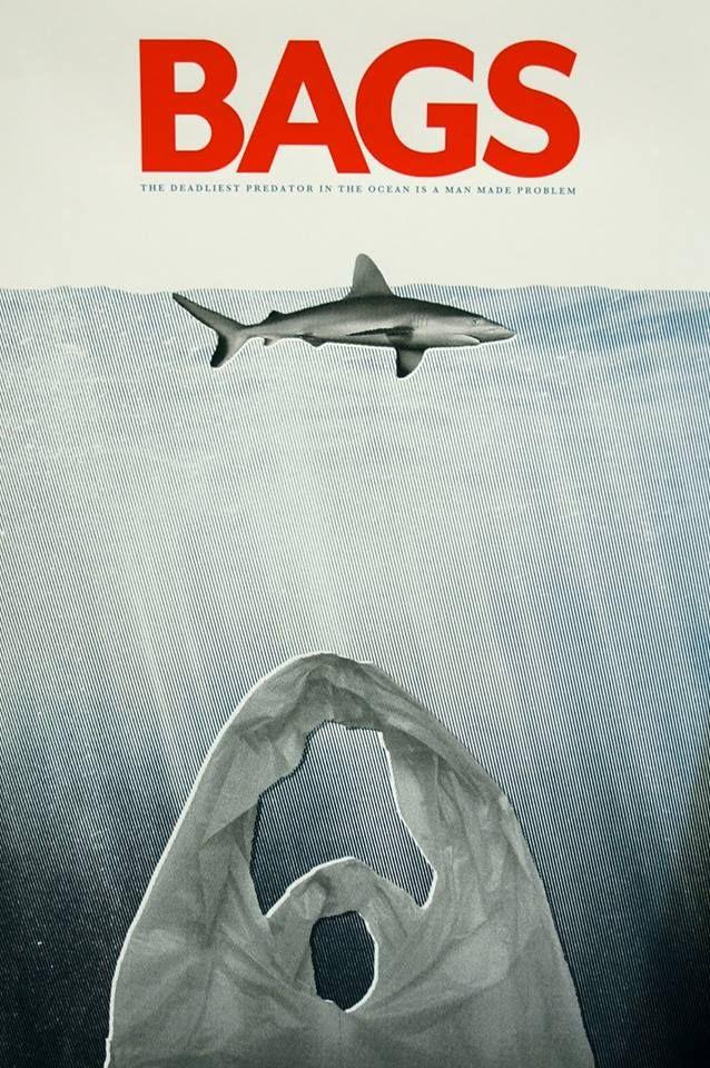 Le plus meurtrier prédateur marin n'est pas le requin, mais le sac plastique ! et il est bien d'origine humaine... Il vient entraver les voies respiratoires ou l'estomac des animaux. Comme d'autres plastiques, il se dissémine dans les organismes des proies et des coraux. Puis circule dans toute la chaine alimentaire pour revenir à l'Homme.  De plus en plus de pays pensent à bannir les sacs plastiques mais le processus est particulièrement lent et dépend de la bonne volonté de chaque commerce…