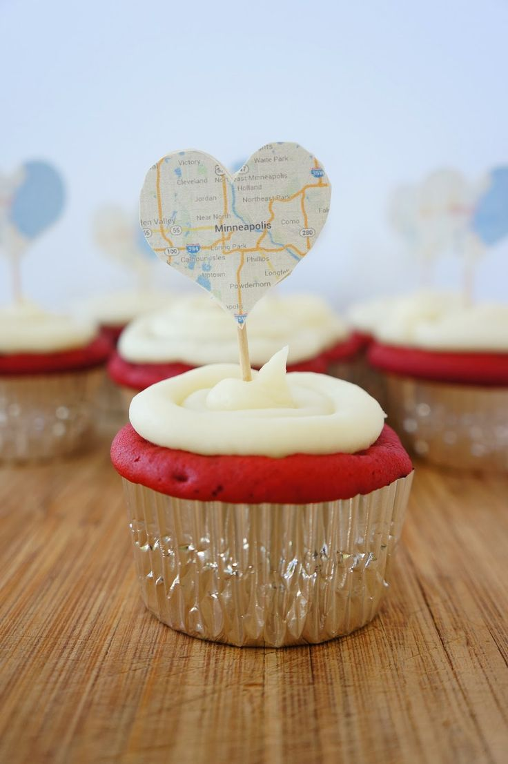 Oakland Avenue: DIY Going Away Party Cupcake Toppers