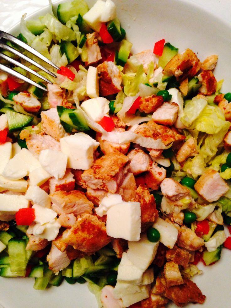 salad with fresh mocerella