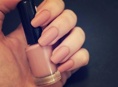 Squoval nail shape