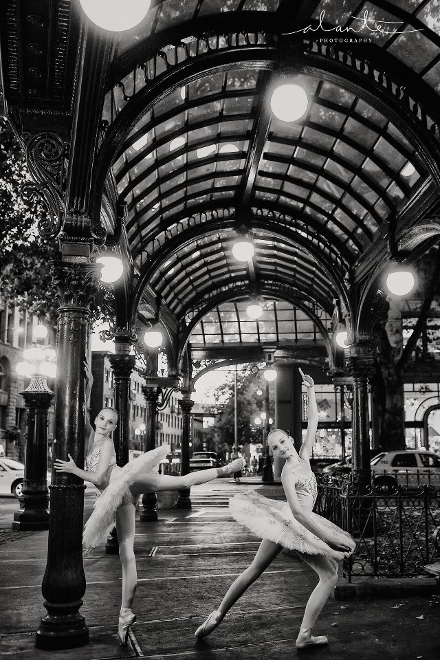 stunning image by @Alante Photography of two ballerinas in downtown Seattle.  Here's a link to view more of their ballet images > http://www.alantephotographyblog.com/category/ballet #ballet #balletphotography #ballerinas