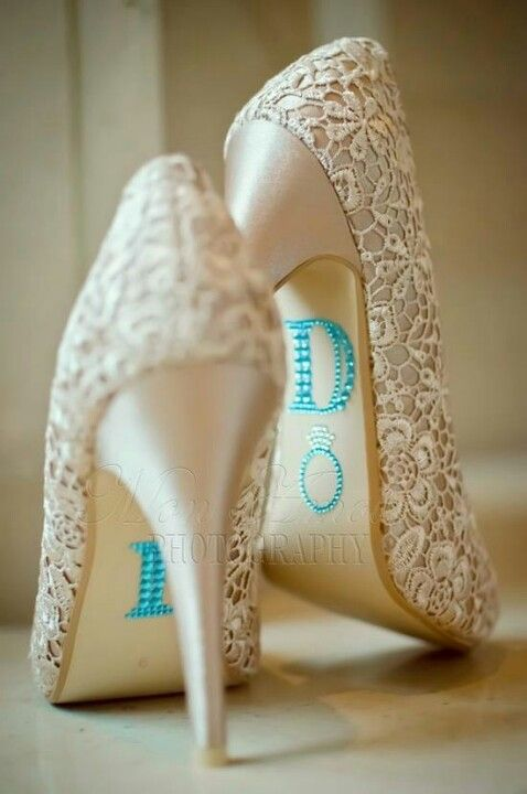 #Wedding shoes with stickers ♡ 'How to plan a wedding' iPhone App ... Your Complete Wedding Ceremony Guide ♡ https://itunes.apple.com/us/app/the-gold-wedding-planner/id498112599?ls=1=8 ♡ Weddings by Colour ♡ http://www.pinterest.com/groomsandbrides/boards/