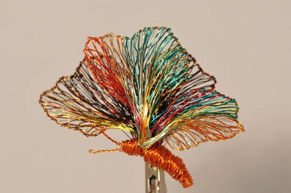 #Butterflybrooch #Butterflyjewelry #Orangejewelry #Largebrooch #Wiresculpture #Artjewelry #Insectjewelry #Artteachergift #Rainbowjewelry #vmikro #etsy This is a large wire sculpture art butterfly brooch,orange jewelry.The height of the butterfly is 7.5cm (2.95in), and the width of the art teacher gift is 5.5cm (2.17in). The pin of this rainbow jewelry is silver.